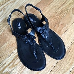 Born D'Anna black leather sandals - Size 11